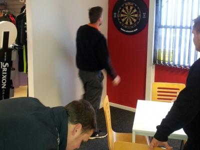 darts playing 4 x 3