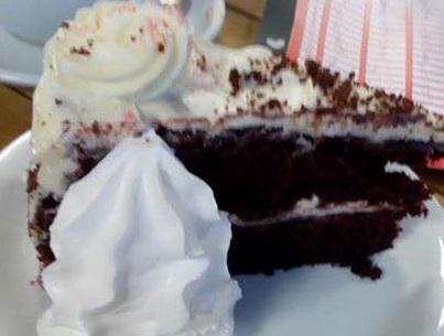 cake after minigolf 4 to 3